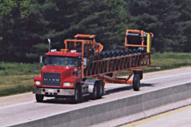 Road Portable 30'x80' Radial Stacker